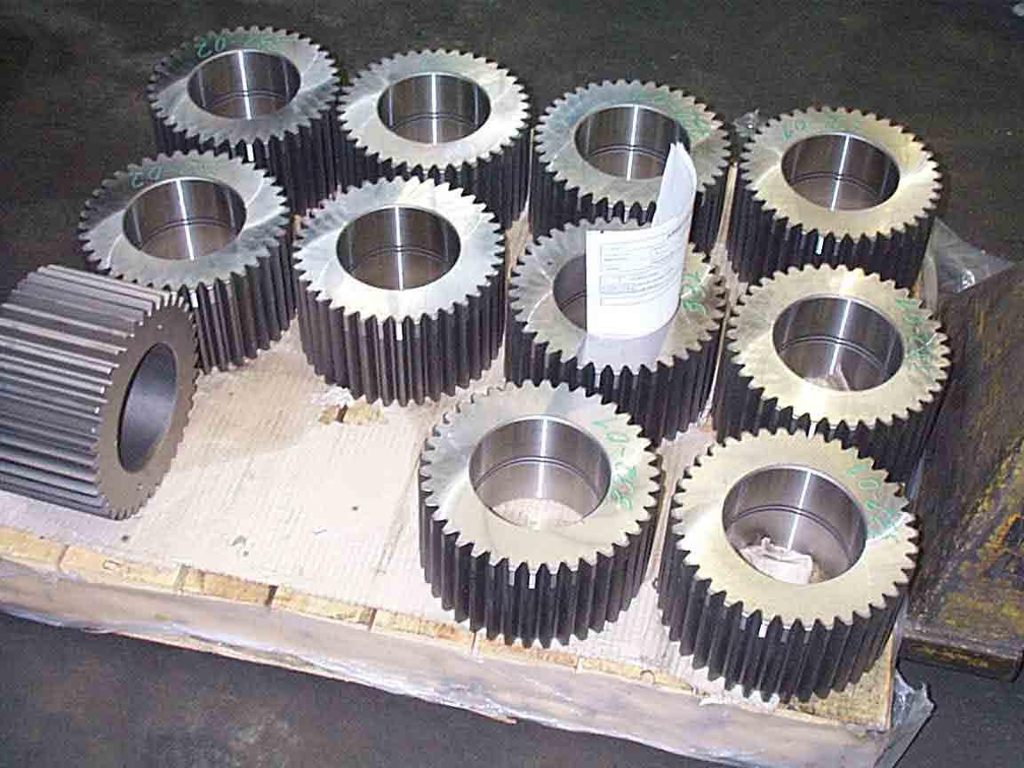 CNC-Teile Turbinenbauteile Motorblöcke Pressenkörper Spindeln Exzenterwellen